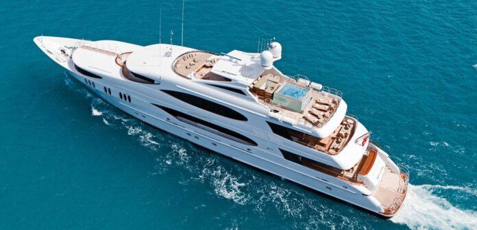 Impromtu yacht